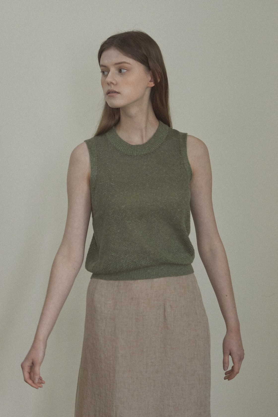 Antique Gardens  sleeveless top_Forest Green