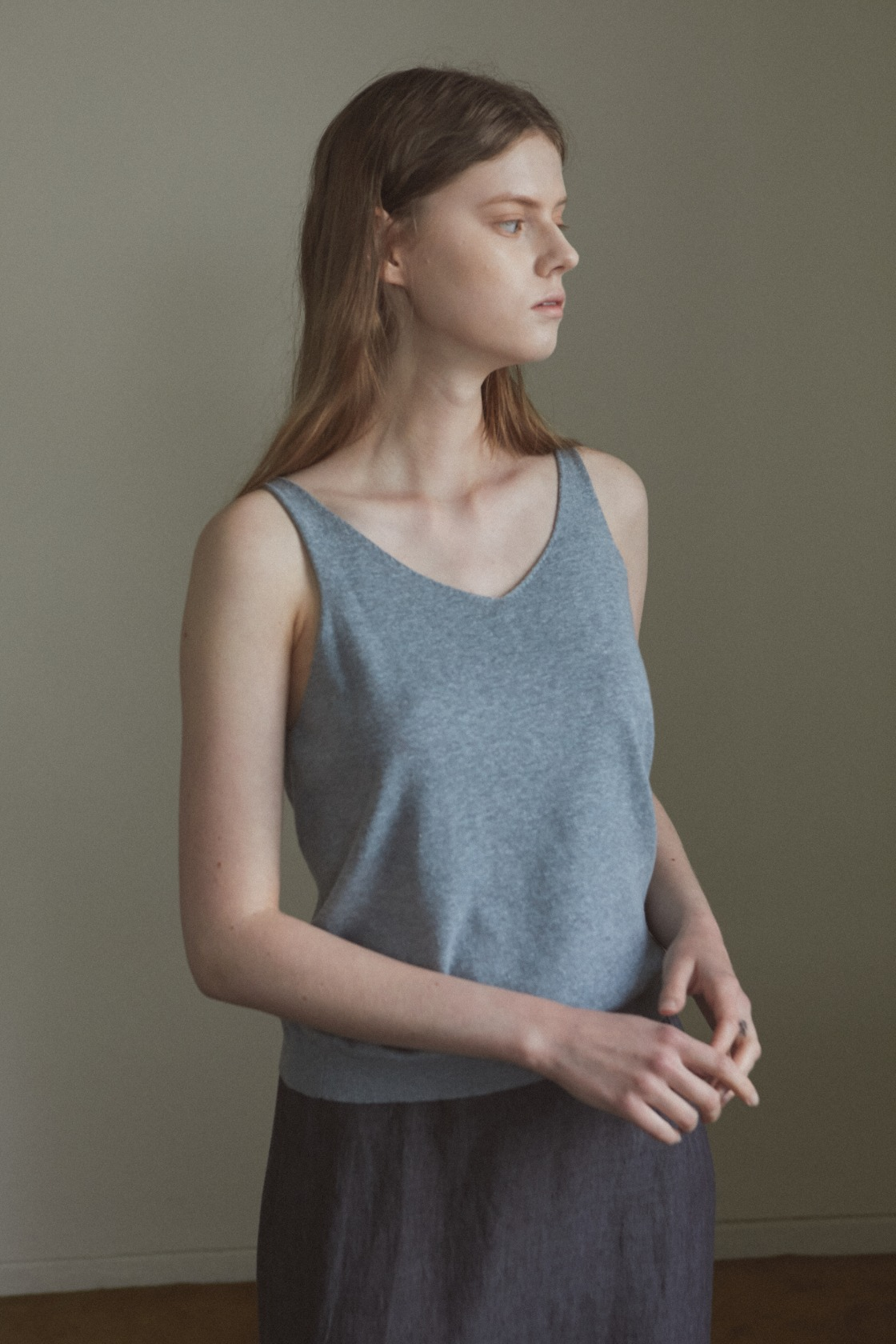 Smooth land linen sleeveless top_Relaxed Blue
