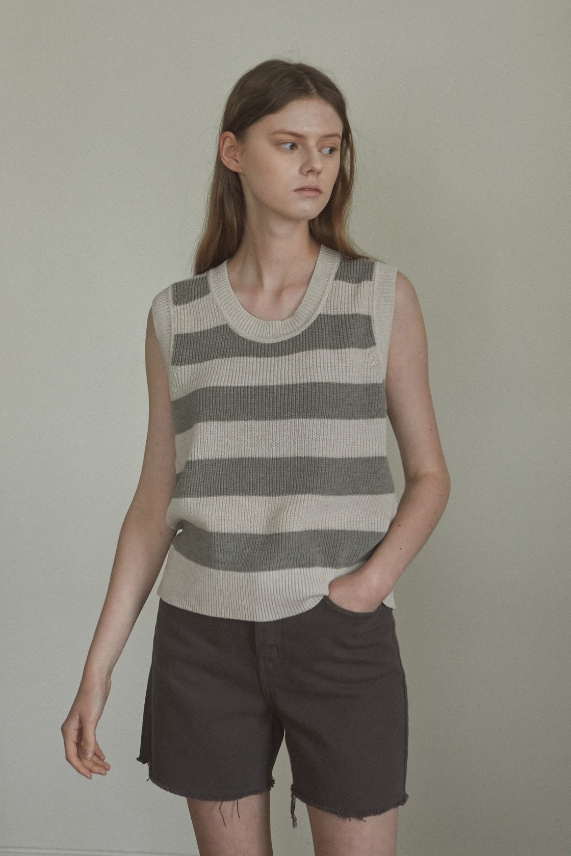 Cool wool stripe  sleeveless top_Natural Khaki